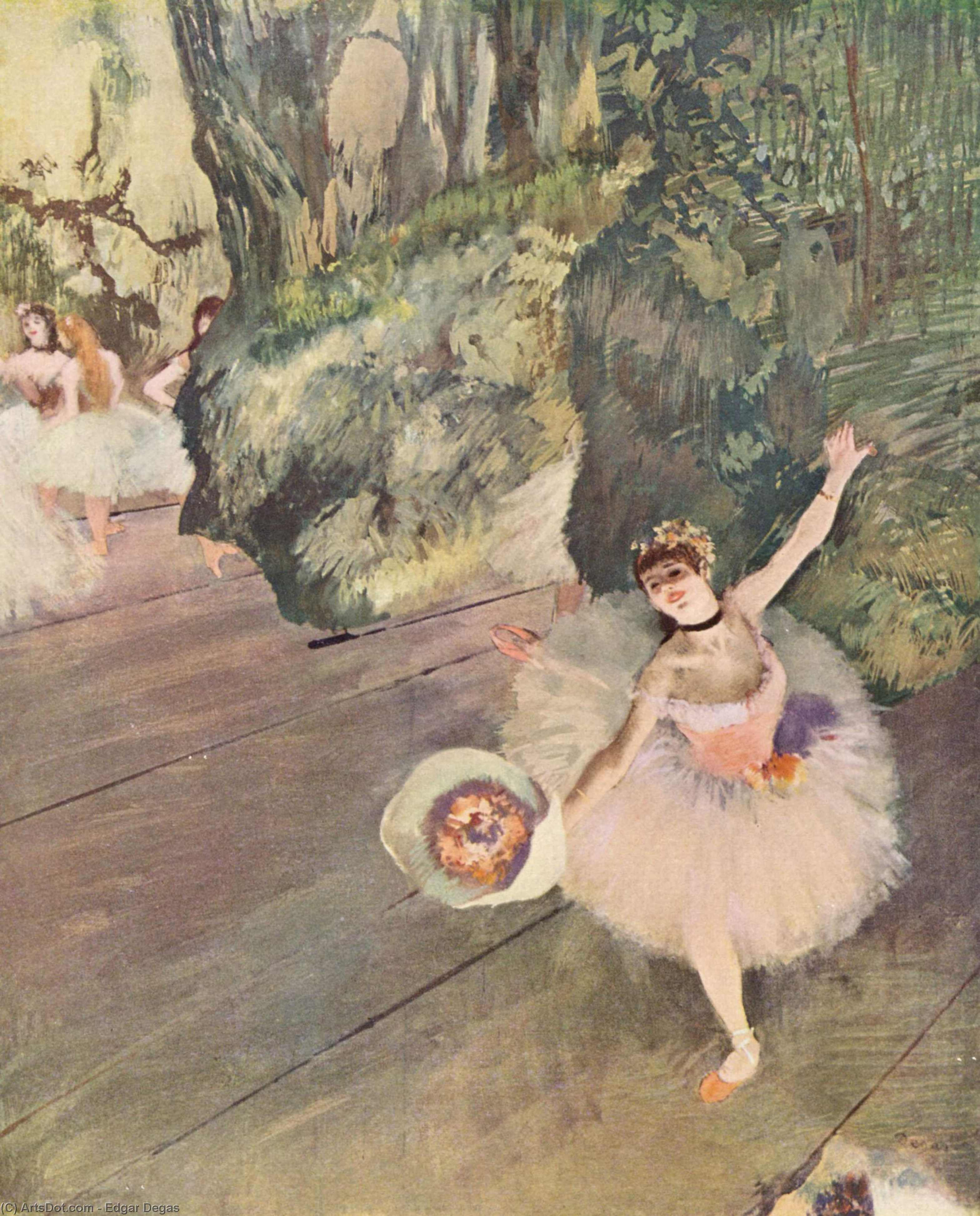 Wikioo.org - The Encyclopedia of Fine Arts - Painting, Artwork by Edgar Degas - Dancer with a bouquet of flowers (The Star of the ballet)