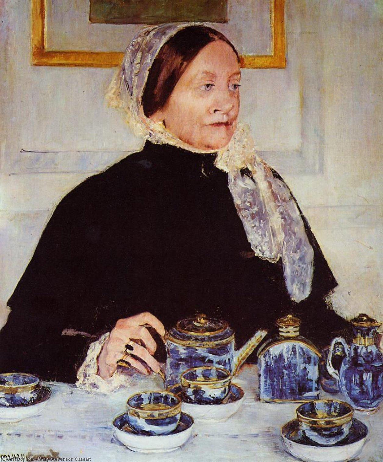 Wikioo.org - The Encyclopedia of Fine Arts - Painting, Artwork by Mary Stevenson Cassatt - Lady at the Tea Table