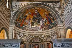 церковь Сан -  Миниато  аль  Монте  Флоренция  Италия