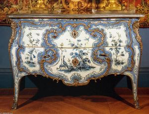 Commode Painted in Vernis Martin