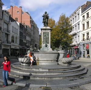 Liege , Vinave D'ile, Fountain With The Virgin By Jean Del Cour