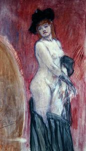 Coquette in front of a mirror
