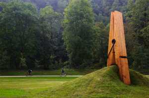 Giant clothespin