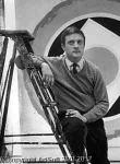 Wikioo.org - The Encyclopedia of Fine Arts - Artist, Painter  Kenneth Noland